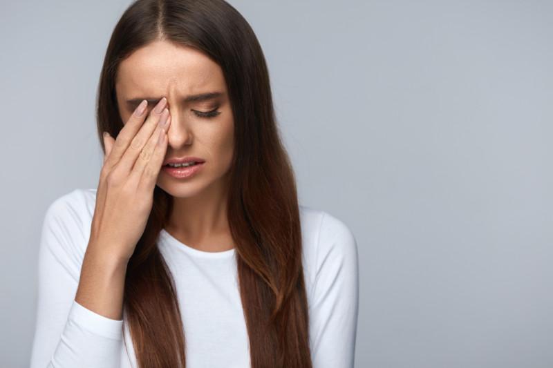 ما هو مرض الوهن العضلي وما أعراضه؟