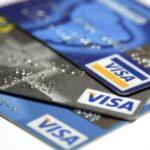 حدود وعمولات السحب النقدي لبطاقات الفيزا في جميع البنوك
