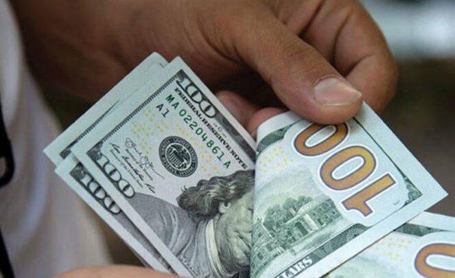 الدولار وقع من الدور التالت بسبب الجنيه المصري