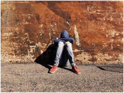 عواقب لعب القمار بين المراهقين