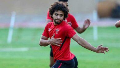 Photo of محمد محمود لاعب الأهلي يغادر المستشفى بعد جراحة في غضروف الركبة
