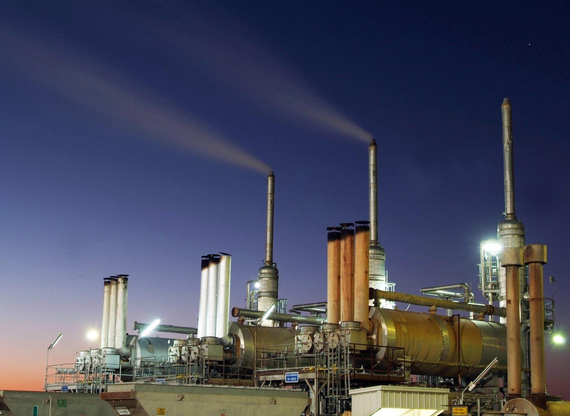متى تم اكتشاف النفط في الكويت