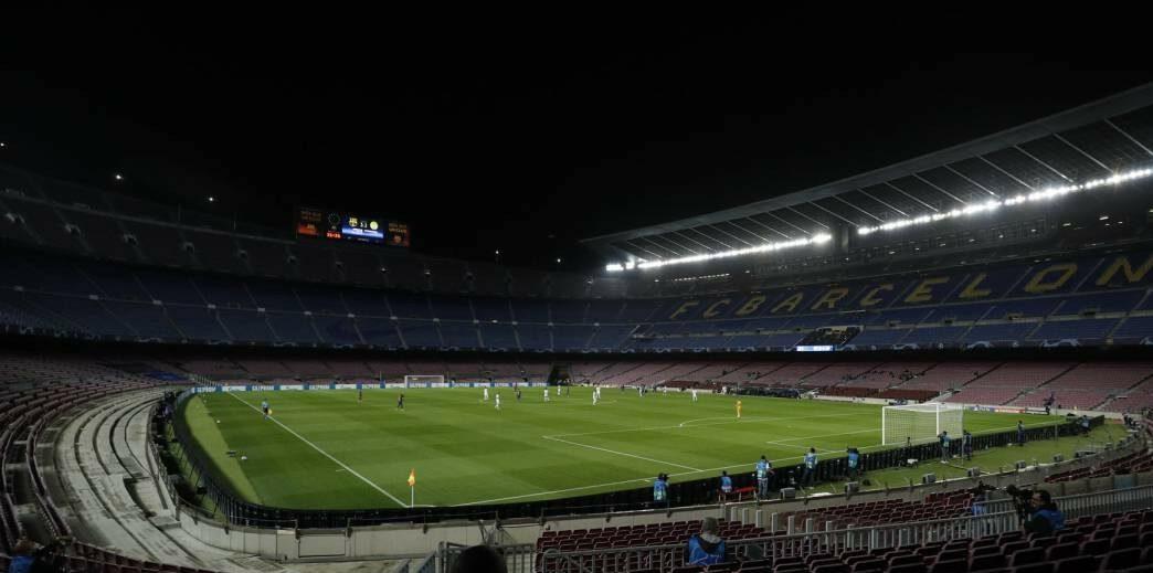 حكومة كتالونيا تفتح المجال أمام حضور الجمهور في مباراة برشلونة