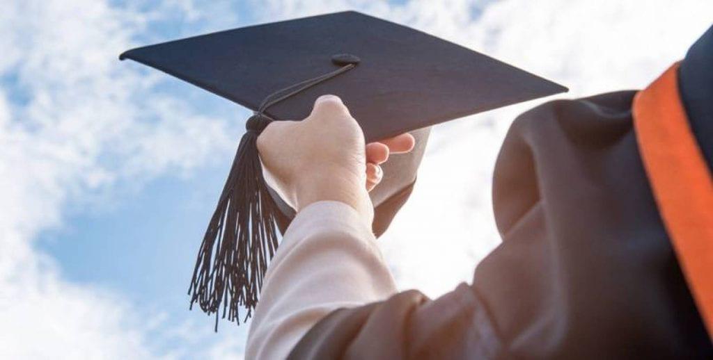 التخصصات الجامعية للقسم العلمي وأشهر التخصصات العلمية والسمات الشخصية لطلاب القسم العلمي