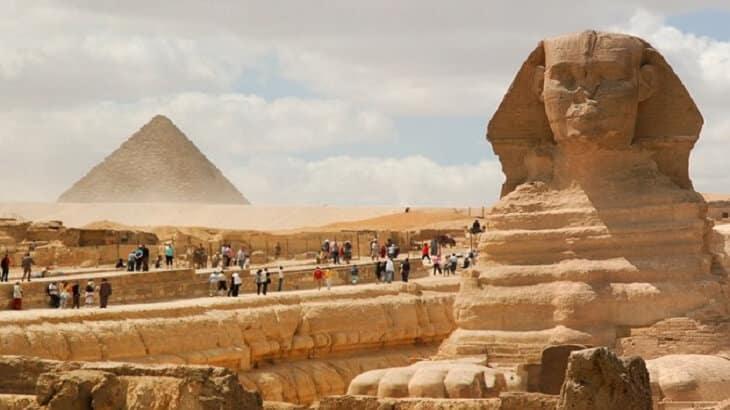 بحث عن السياحة في مصر وأهميتها بالمقدمة والخاتمة لجميع الصفوف