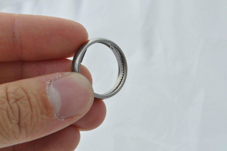 تفسير حلم إعطاء خاتم لشخص للرجل والمرأة سواءً كان الخاتم من الذهب أو من الفضة