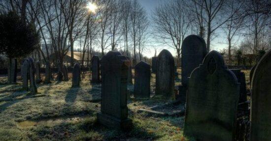 تفسير حلم القبر في المنام للمفسرين ابن سيرين وابن شاهين والنابلسي