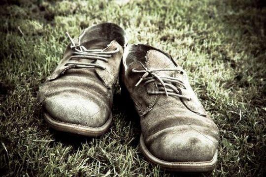 تفسير حلم ضياع الحذاء للمتزوجة والعزباء والحامل والرجل لابن سيرين