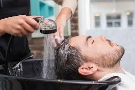 تفسير حلم غسل الشعر في المنام للمتزوجة والحامل والرجل لابن سيرين