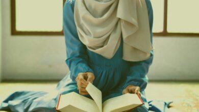 Photo of تفسير حلم قراءة القرآن للعزباء والحامل والمتزوجة وقراءته بترتيل وقراءته بشكل خطئ