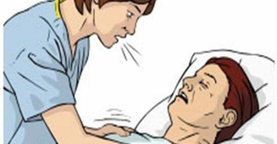 تفسير رؤية الأب في المنام وهو مريض أو يبكي وتفسير عناقه للعزباء والمتزوجة والحامل