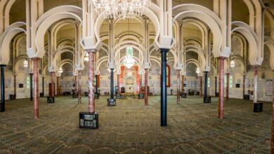 Photo of تفسير رؤية الصلاة داخل المسجد في المنام