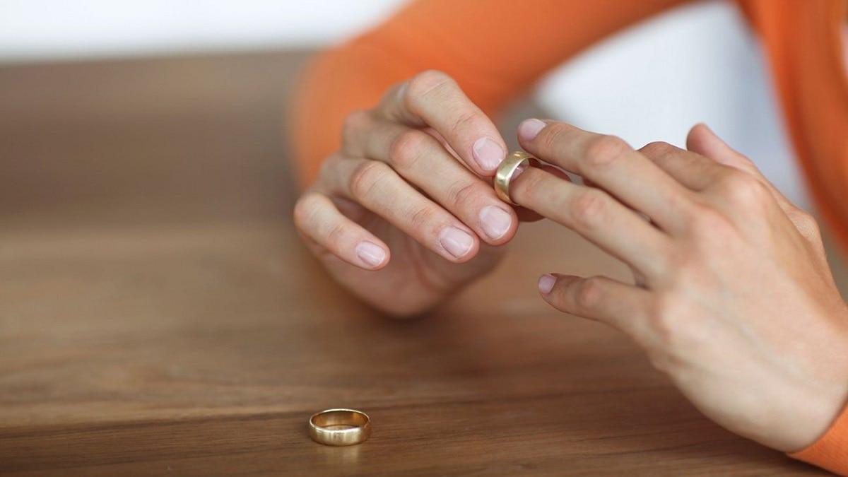 حقوق الزوجة عند الخلع وما هي آثاره على المجتمع