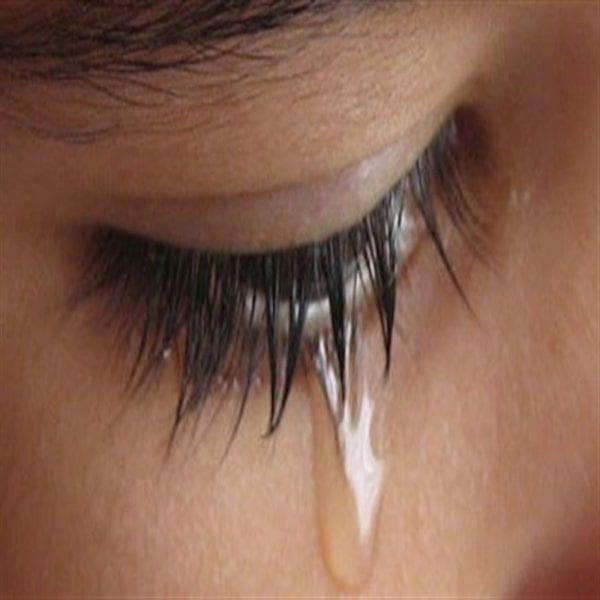 حلمت أن ابي مات وبكيت عليه بكاء شديد