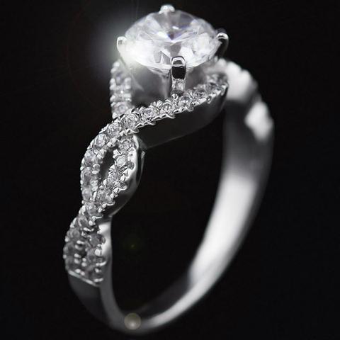 رؤية الميت يعطي خاتم في المنام وإعطاء الميت خاتم والذهب في المنام