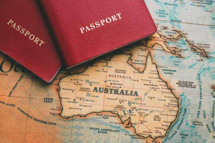 شروط الهجرة إلى أستراليا بعقد عمل وبدون عقد عمل