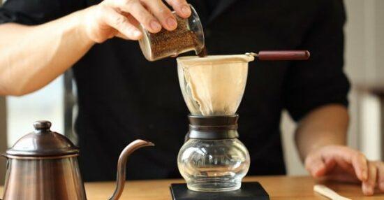 طريقة عمل القهوةالاسبريسو في المنزل يدويا بدون آلة وأنواع القهوة الاسبريسو