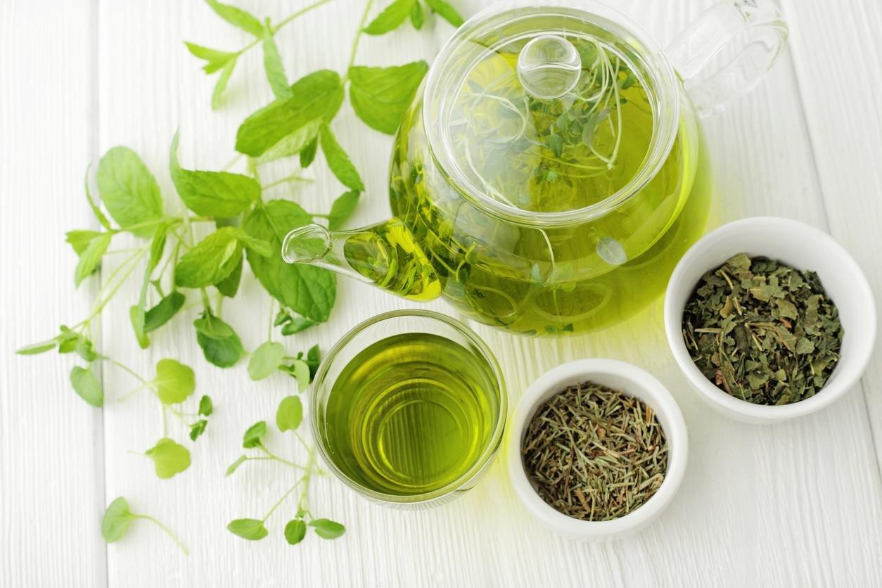ماسك الشاي الأخضر للوجه والبشرة الجافة والدهنية والعادية