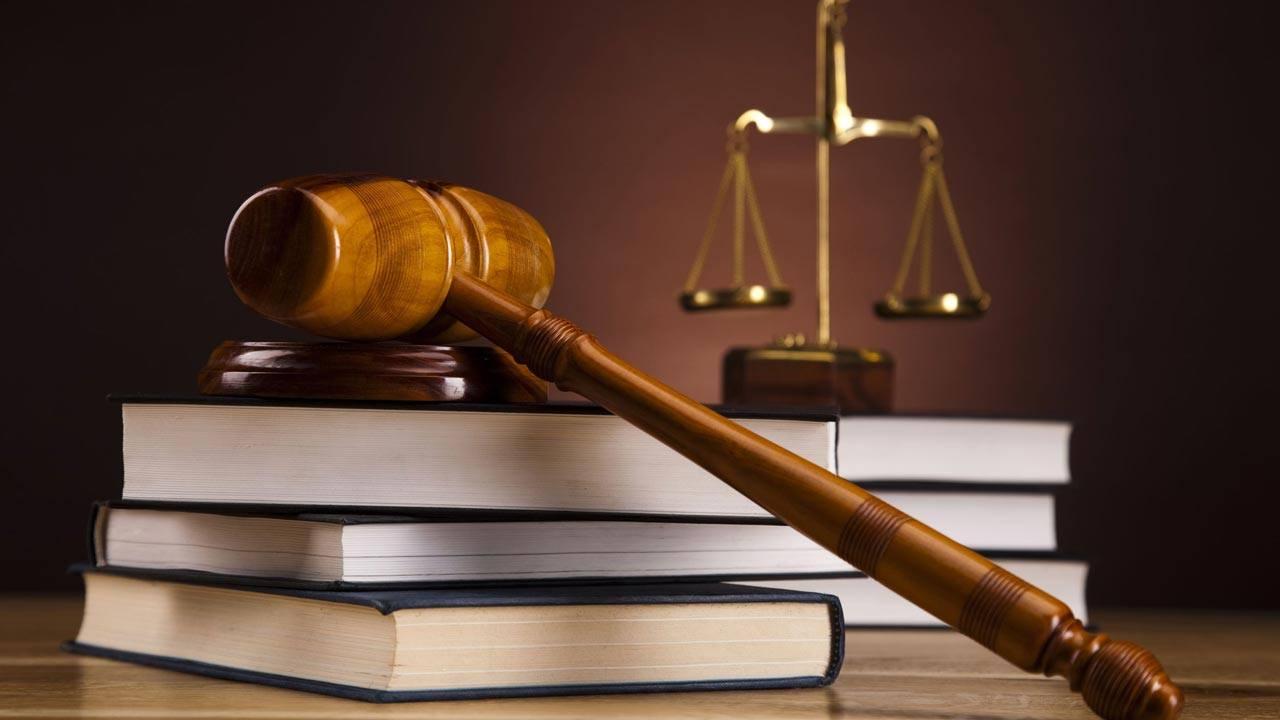 نسبة القبول في تخصص القانون للبنات وأقسامه وشروط القبول والجامعات التي تدرسه