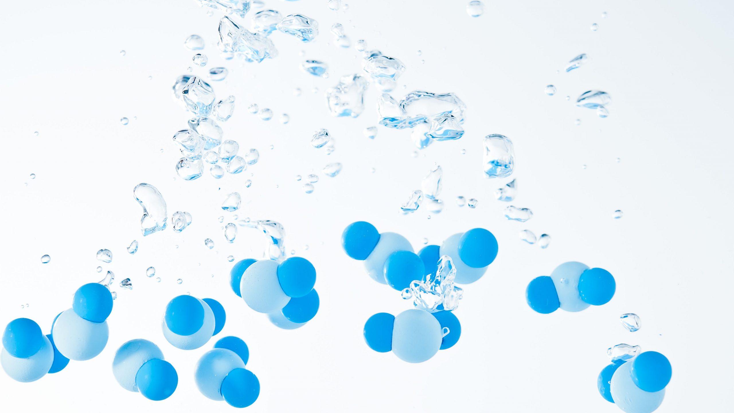 يتكون الماء من الهيدروجين كيف اصنف الماء وفق النظريات العلمية وما هي خصائص الماء وتركيبه