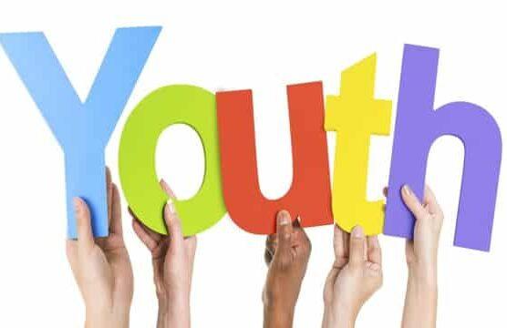 القيود الاجتماعية حول عمل الشباب وكيفية التحرر منها