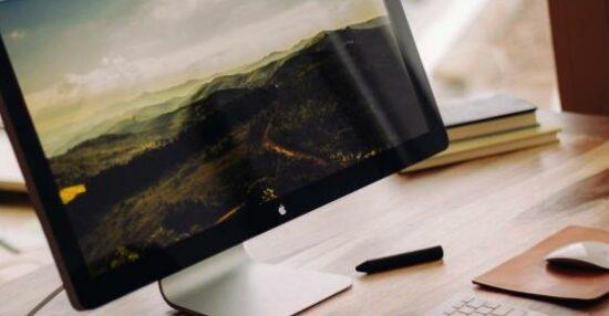 تكبير شاشة الكمبيوتر ويندوز 10 أو جزء من الشاشة أو الايقونات
