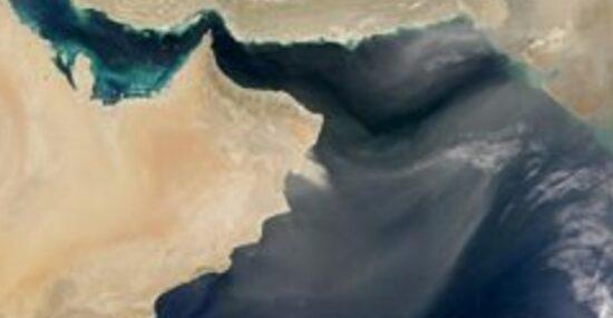 كم طول السواحل العمانية
