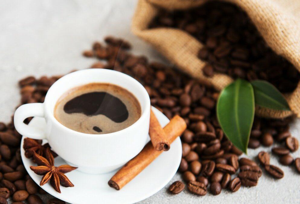 طريقة عمل قشر القهوة وما هي فوائد تناولها