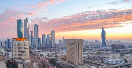 رابط موقع الحصول على التصاريح الطبية خلال الحظر الشامل في الكويت