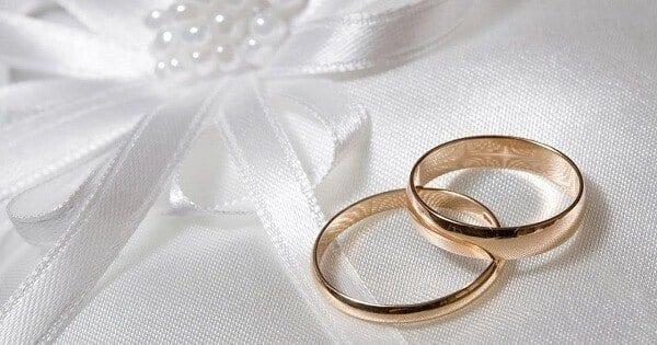 عبارات تهنئة بالزواج قصيرة وإبداعية تصلح لرسائل الماسنجر