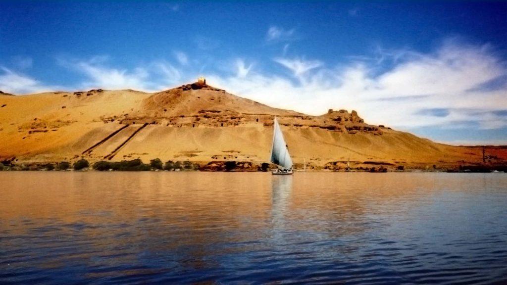 الصيادين يستعدون لموسم صيد استاكوزا النيل الذهب الأحمر 200جنية الكيلو