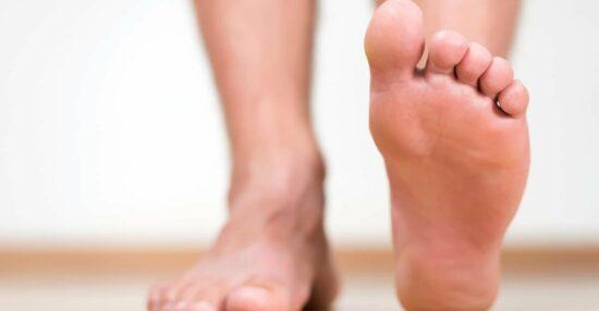 تفسير حلم اصبع القدم الكبير